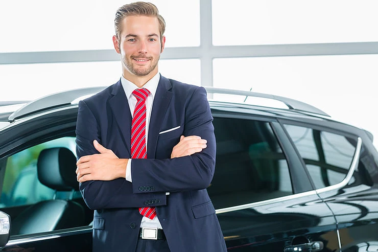 Tips on Negotiating With Car Salesmen